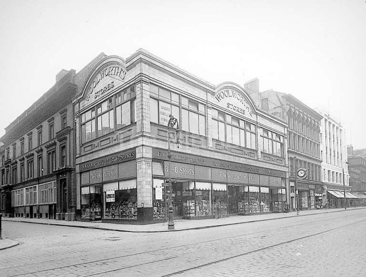 Woolworths, Argyle Street, Glasgow. Tramlines and cobblestones visible on the road.