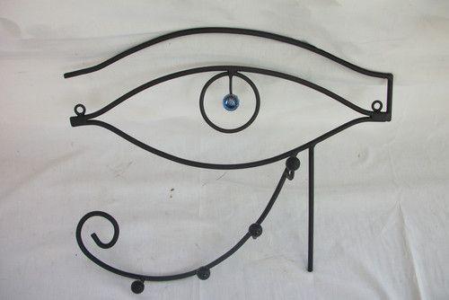 perchero de pared (ojo de horus) - EL VASCO HERRERIARTE. TODOS LOS FINES DE SEMANA EN PLAZA AZCUENAGA (19 Y 44). herreria artesanal, amoblamiento y obra. tel: (0221) 4913321. juan - Fotolog