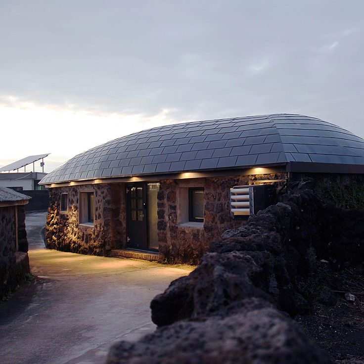 Blind Whale designed by BKID #Blindwhale #Furnishing #Jeju #Architecture #Craft #Roof #BKID #BKIDSTUDIO #송봉규 #bongkyusong