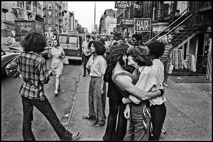 [St. Marks Place in 1968. Photo by George Cohen via EV Grieve.]
