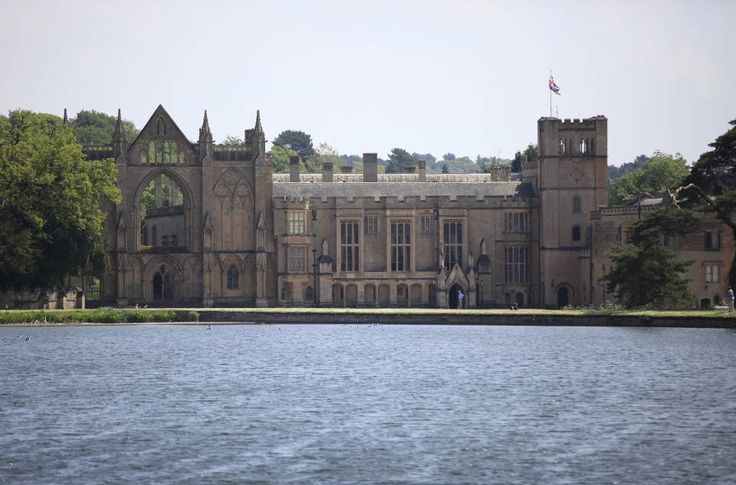 Newstead Abbey | A beautiful historic house set in a glorious landscape of gardens and parkland within the heart of Nottinghamshire