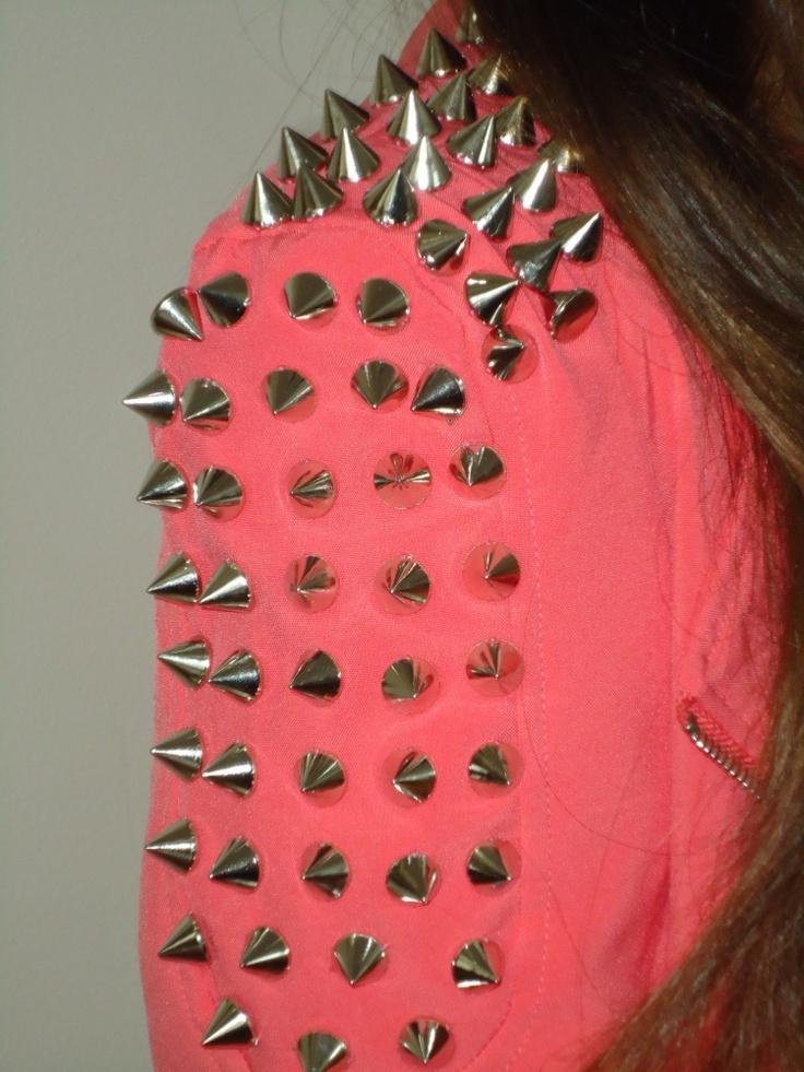 Jacky Luxury jasje, koraal met studs. | FASHION OBSESSION
