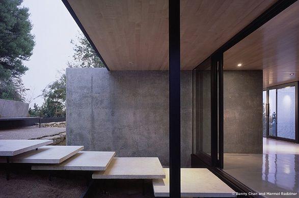 hilltop studio by Marmol Radziner