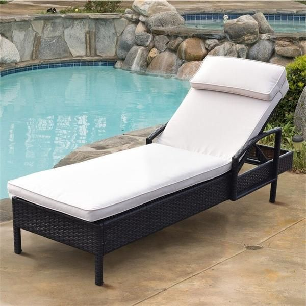 Outdoor Patio Lounge Chair In 2020 Wicker Chaise Lounge Pool Lounge Chairs Lounge Chair Outdoor