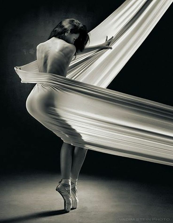 Vadim Stein photo - Sensuality in Art Source: Sensuality in Art https://www.facebook.com/pages/Sensuality-in-Art/254956838008777 Social Address Book: http://xeeme.com/SubratoPaul