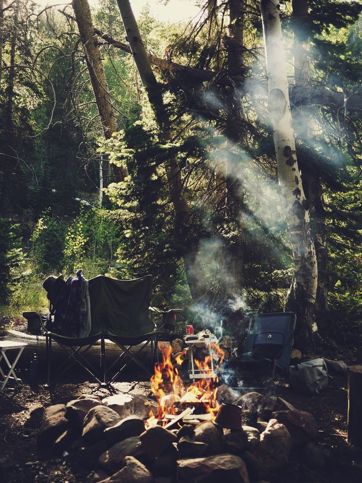 breakfast, camp fire, forest, camping, eating outdoors, adventure, smoke, chairs