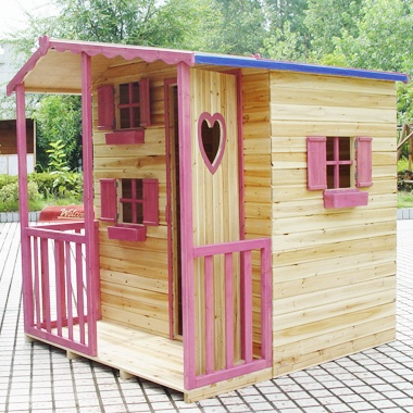 Oh man! This is E's dream playhouse, she loves the pink & heart