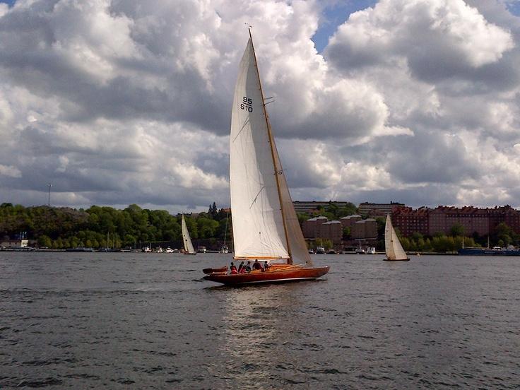 Sailboat on Riddarfjärden @ Norrmälarstrand