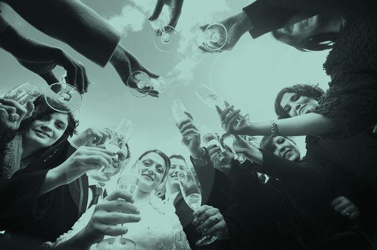 Trouwringen collectie's van Angeli Di Bosca laat iedereen glimlachen bij één van de mooiste momenten van hun leven! Het moment van een verloving of huwelijk dient onvergetelijk te zijn. Iedere ring wordt vervaardigd in het eigen atelier met de grootste zorg voor kwaliteit. De collecties koppelen exclusiviteit en klasse aan een eigentijds design en bestaan in een waaier aan uitvoeringen voor elk budget. @ www.juwelier-debokxwijffels.nl #trouwen #trouwringen #angelidibosca #jdbw