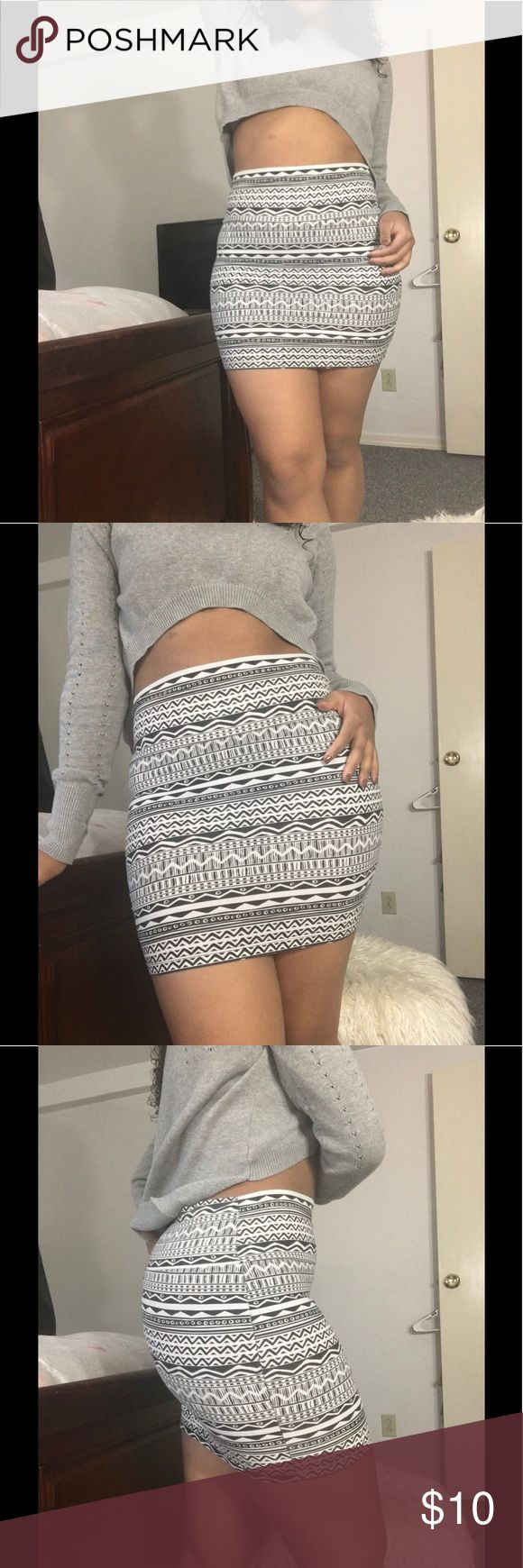 Tribal Skirt Black/white tribal skirt. Can be used as a skirt or tube top. Your choice😊 Skirts Mini