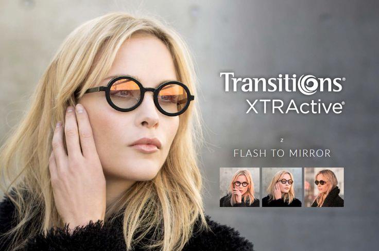 Lentilele de ochelari Trasitions Xtractive Flash to Mirrorau au efect de oglindă atunci când vă aflați în aer liber și lentila este activată și își păstrează un ușor efect de oglindă în spații închise.