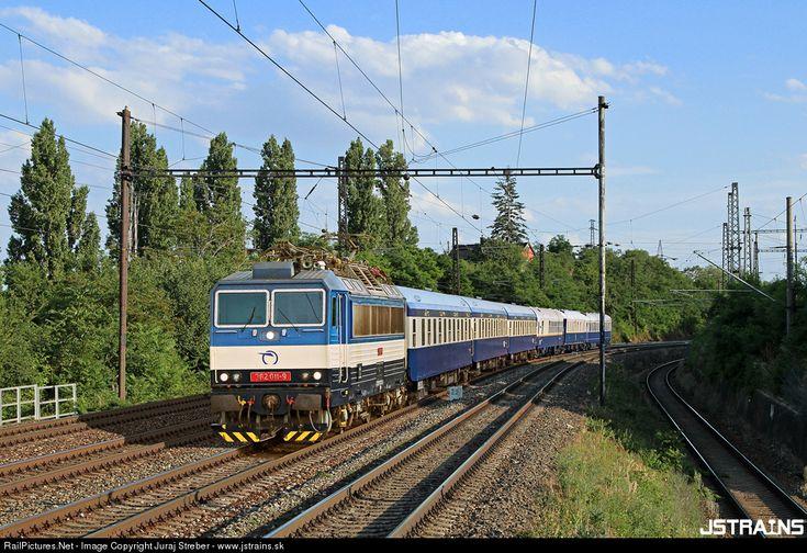 RailPictures.Net Photo: 362.011 ZSSK 362 SKODA at Bratislava, Slovakia by Juraj Streber - www.jstrains.sk