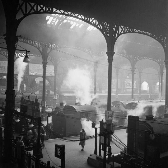 Marcel Bovis, Liverpool Station. London. England, 1947.