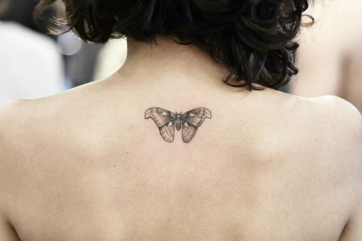 Tattoo done by: @drag_ink #mariposa