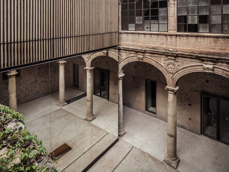 Renewal of the Palau-Castell Renaissance Cloister in Betxí