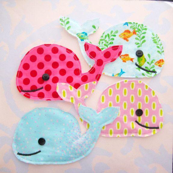 Les coussins animaux : les baleines
