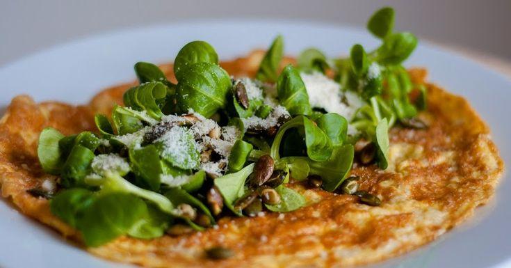 Three girls one kitchen: Gezonde lunch: Hartige havermout omelet met veldsla en pompoenpitten