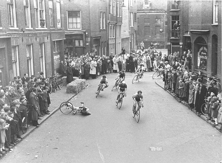 Amsterdam: De Ronde van Kattenburg april 1950