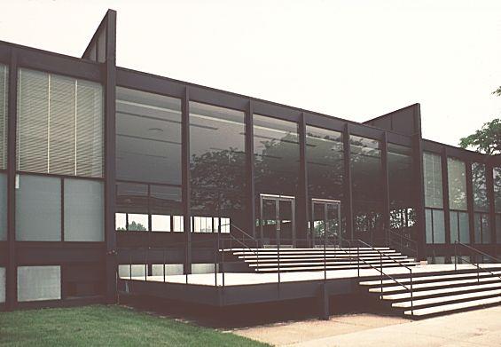 Crown Hall, Mies Van der Rohe.