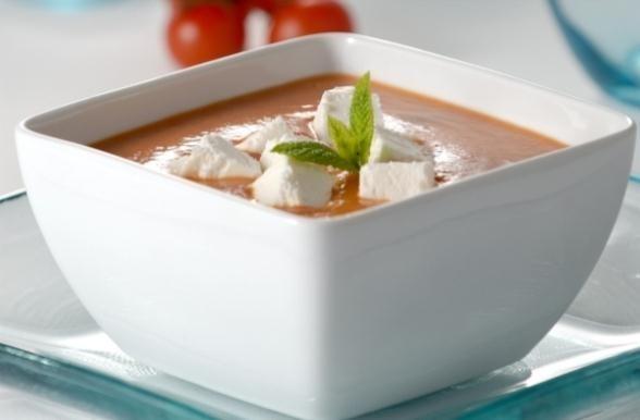 Sopa de Tomate Assado com Queijo de Cabra