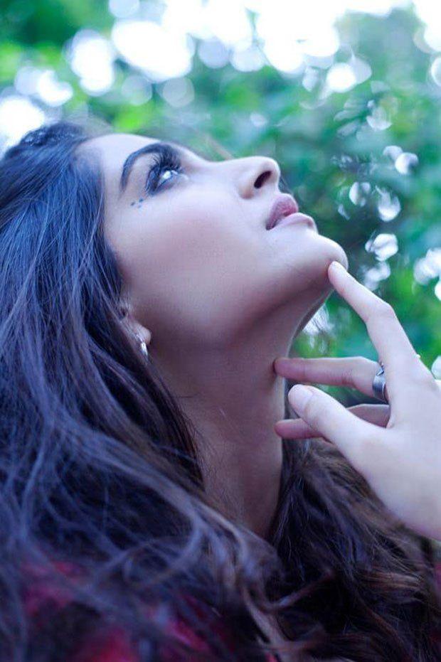 Sonam Kapoor is flawless!!!
