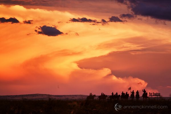 How to Photograph Dramatic Clouds at Sunset - The difference between a nice sunset and a dramatic sunset is all about the clouds.  http://digital-photography-school.com/photograph-dramatic-clouds-sunset #blog #photo #togs