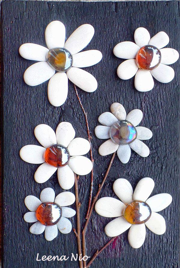White pebble flowers                                                                                                                                                      More
