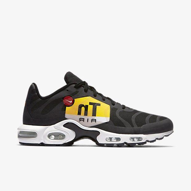 Release des Nike Air Max Plus NS GPX Black ist am 25.11.2017. Bleibe mit 99kicks.com immer auf dem Laufenden was heiße Sneaker Releases angeht