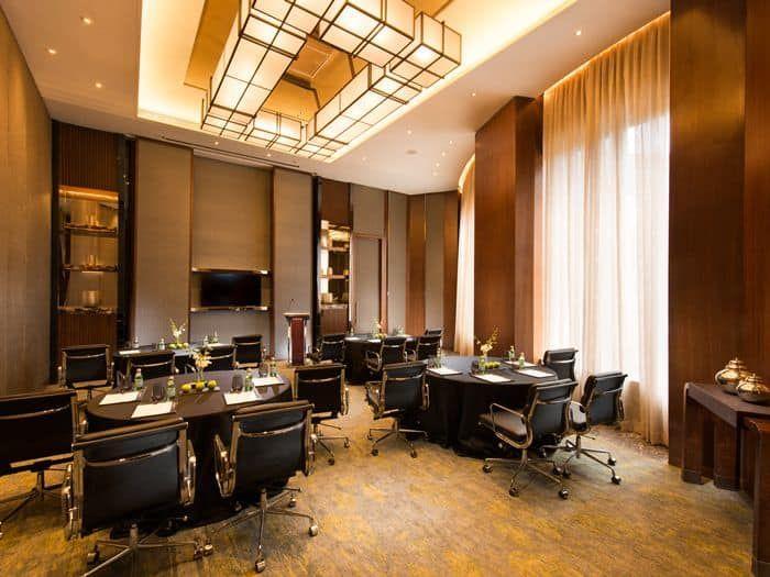 Pune Luxury Hotel Photo Gallery Conrad Pune Hotel Interiors Restaurant Lounge Hotel