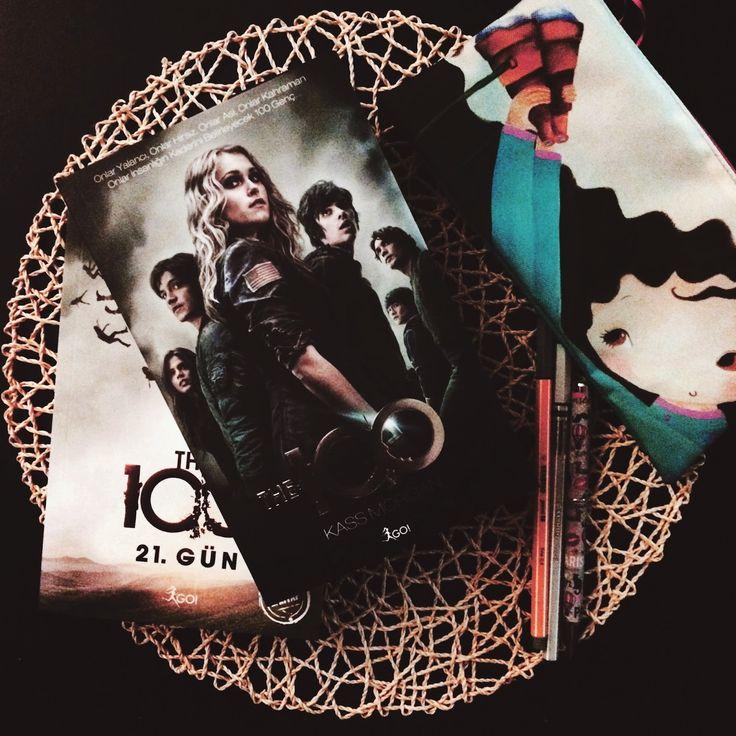 Renkli Kitap: Yeni Kitaplar: The 100 ve The 100 21. Gün