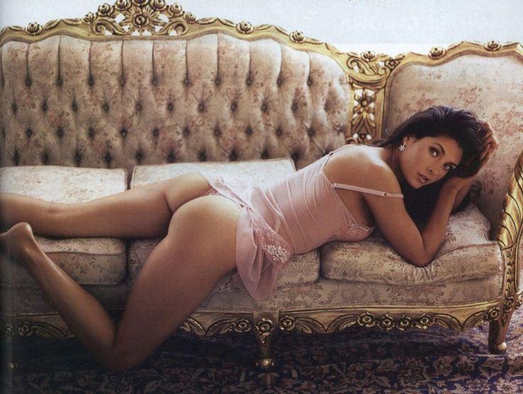 Picture of Mayrín Villanueva