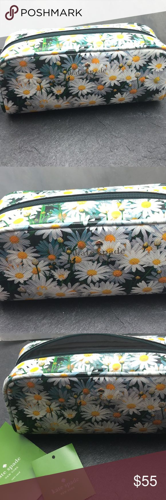 Kate Spade Daisy makeup bag Beautiful Kate Spade make up bag with saffiano leather and daisy print. kate spade Bags Cosmetic Bags & Cases