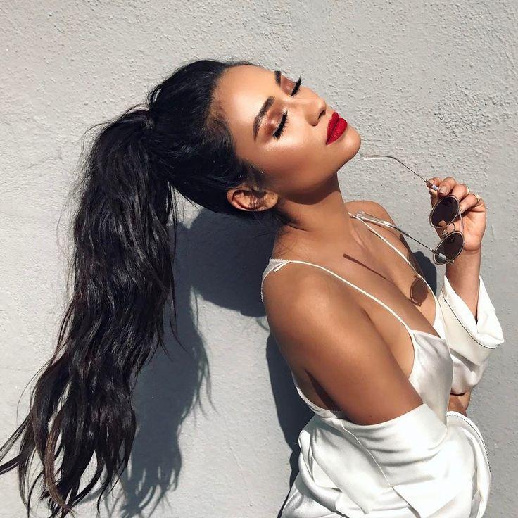 Shay Mitchell Unicorn Inspired Makeup Video - Coachella Beauty Tutorial