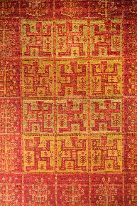"Eleonora Plutyńska, ""Janosik"" double-warp textile, made by folk weavers from Janów (near Sokółka), 1956 (based on a design from 1936), collections of the Central Textiles Museum in Łódź, photo: Michał Korta"