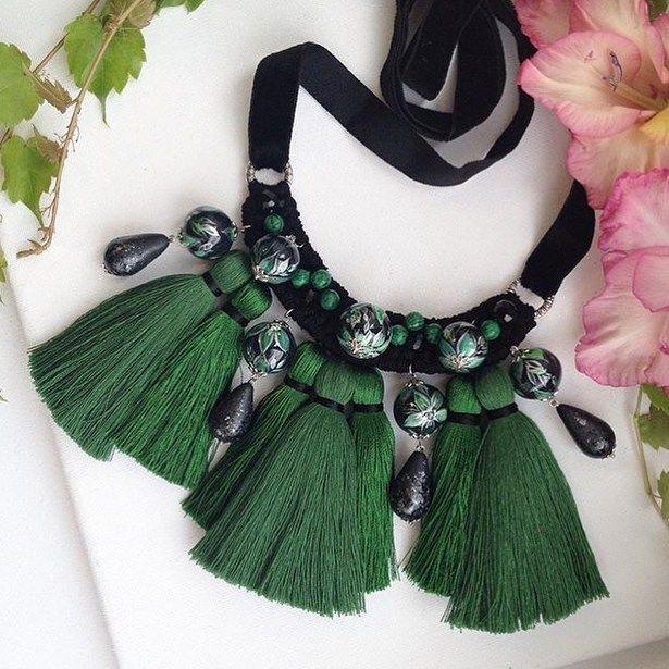 Шикарное ожерелье @ma.na.jewellery #handmade #diy #craft #handmadegifts #рукоделие #хендмейд #вдохновение #inspiration #fashion #колье #fashionstyle #fashiondiaries #style #beauty #стиль #красота #мода #2016 #necklace #ожерелье #ожерельеручнойработы