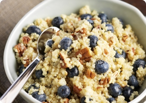 Blueberry #Quinoa #Breakfast Cereal. #healthy #eat: Cereal Vá, Fun Recipes, Breakfast Cereal, Breakfast Healthy, Blueberries Recipes, Blueberries Quinoa, Gluten Free, Maple Syrup, Quinoa Breakfast