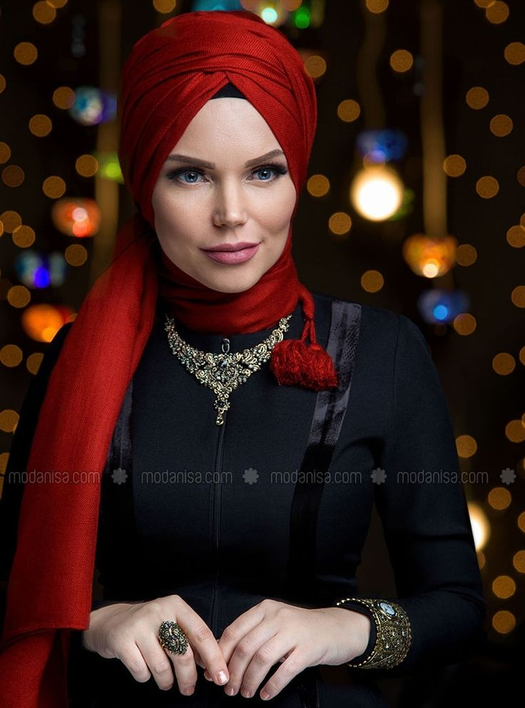 Queen Fringed Shawl - Maroon - Muslima Wear
