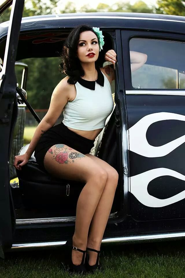 hot rods and naked pinup girls