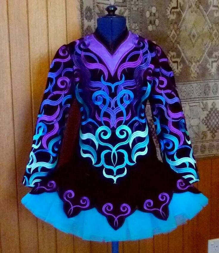 Mary Stoknicki Irish Dance Solo Dress Costume -- What is not to love?? This dress is soooo pretty!!