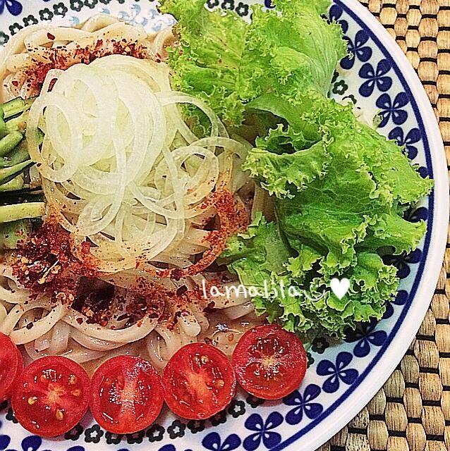タイはまだまだ、暑いです꒰ ´͈ω`͈꒱ - 21件のもぐもぐ - สลัดอุด้ง サラダうどん by Kunglamalil