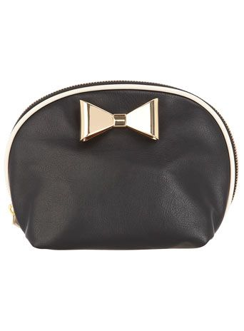 Bow Makeup bag by Dorothy Perkins. #Gifts #StockingStuffer