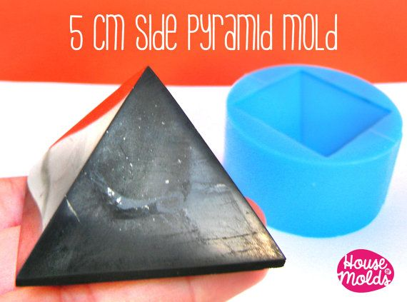 Hey, I found this really awesome Etsy listing at https://www.etsy.com/listing/254465638/5-cm-x-side-pyramid-mold-for-3d-pyramid