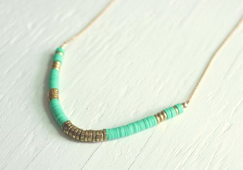 Diy african heishi bead necklace tutorial jewelry for How to make african jewelry crafts