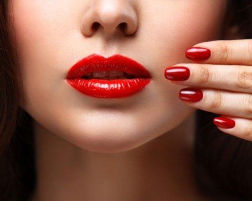 Por qué un pintalabios rojo puede hacerte más feliz