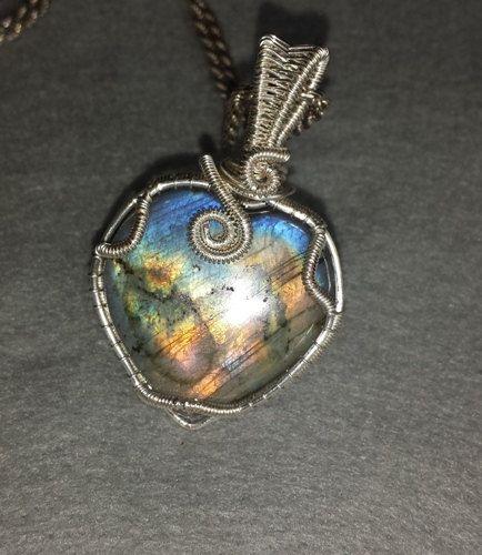 Labradorite gemstone pendant ZodiacLeo Scorpio by Mammybluebeads