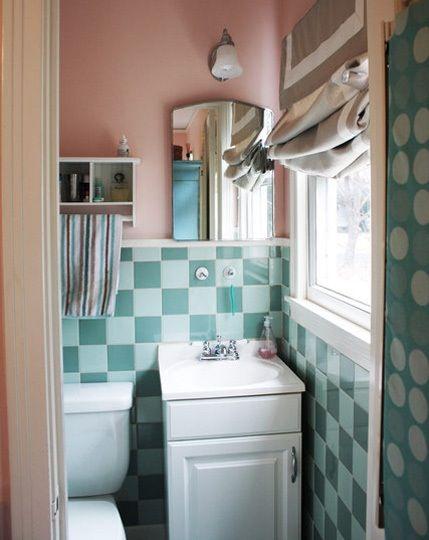 DIY natural bathroom cleaner ingredient list and recipes