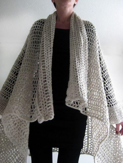 love this - photo tutorial - easy to do crochet cardi-cape!! ༺✿ƬⱤღ https://www.pinterest.com/teretegui/✿༻
