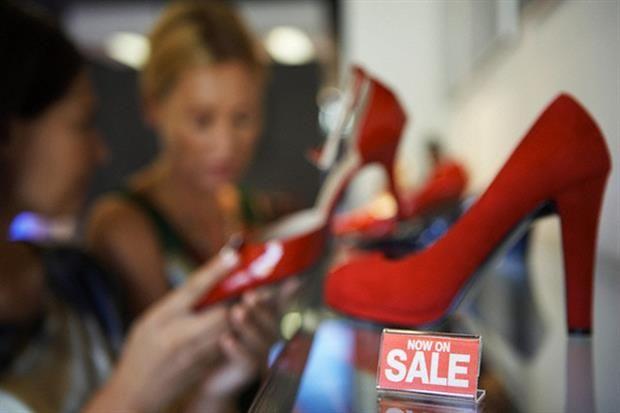 Conocé las mejores páginas web para comprar ropa de lujo y sus descuentos  Podés comprar zapatos de lujo con muchísimo descuento.         Foto:Corbis