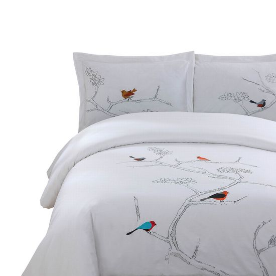 The Les Oiseaux Bedding from Urban Barn is a unique home decor item. Urban Barn carries a variety of Bedding and other  products furnishings.
