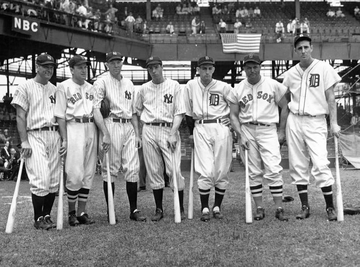 1937 AL All Stars: (L to R) Lou Gehrig, Joe Cronin, Bill Dickey, Joe DiMaggio, Charlie Gehringer, Jimmy Foxx and Hank Greenberg